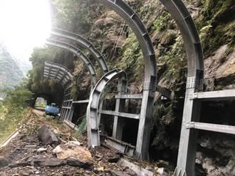 地震落石 中橫舊道新長春橋段 延長封閉至3/31