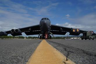 B-52同月內第二次飛越波灣 伊朗外長:美國製造戰爭藉口