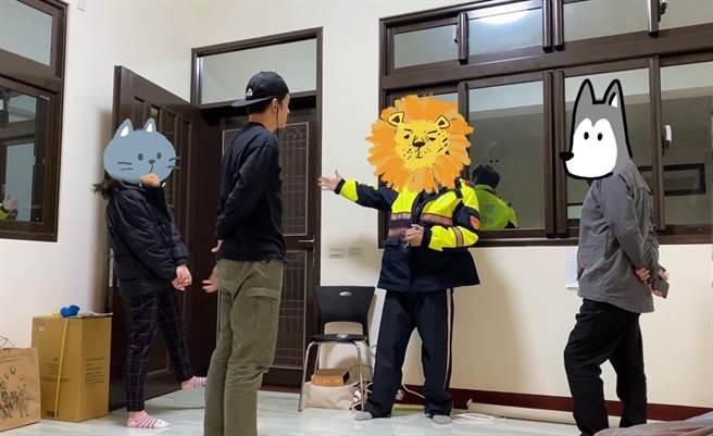 派出所所長親自拜訪宥勝。(圖/FB@宥勝之旅)