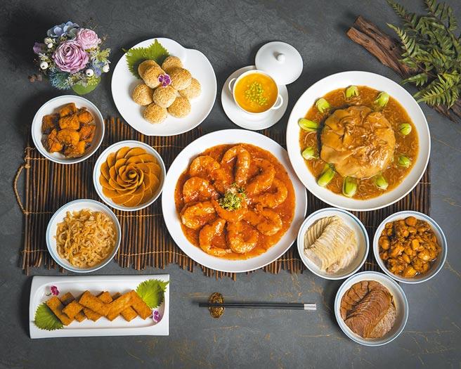 遠百獨家「香格里拉台北遠東國際大飯店-上海醉月樓」滬式經典外帶年菜套餐,6人份,1萬3888元。(遠百提供)