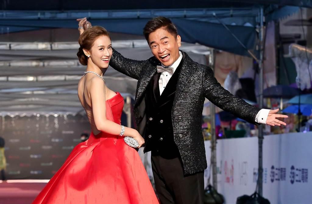 吴宗宪与女儿Sandy 2016年首次一起走金钟红毯。 (本报系资料照)
