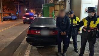 跨年勤畢台中機「警」 記車號逮獲通緝犯