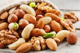 堅果仁的薄膜 需要去掉再吃嗎?專家提點完美的堅果吃法