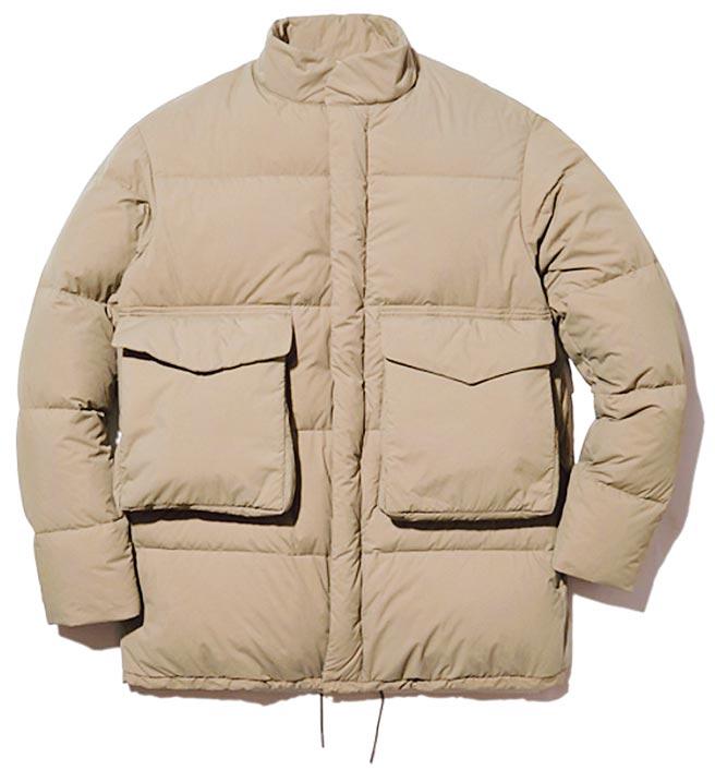 統一時代台北店的snowpeak環保羽絨外套,推薦價1萬4800元。(統一時代台北店提供)