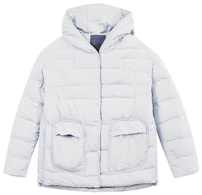 大葉高島屋的gozo羽絨外套,原價6580元,特價3290元,限量5件。(大葉高島屋提供)