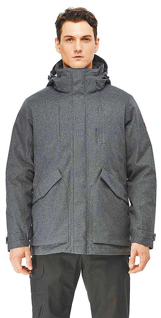 京站的hilltop男款GORE-TEX防水透氣2合1羽絨外套,原價2萬1800元,特價1萬7440元。(京站提供)