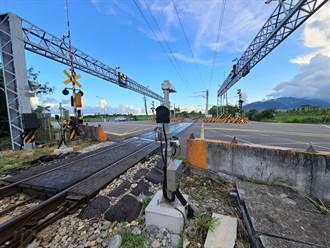 平交道防撞升級 台鐵建「障礙物自動偵測」手動升級自動警示
