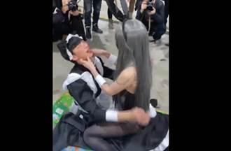 火辣女coser漫展「女上男下騎乘式」影片流出 網罵翻