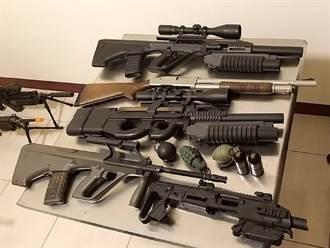 嘉義狂男討債上網PO槍械「曬火力」 惹怒警政高層速被逮