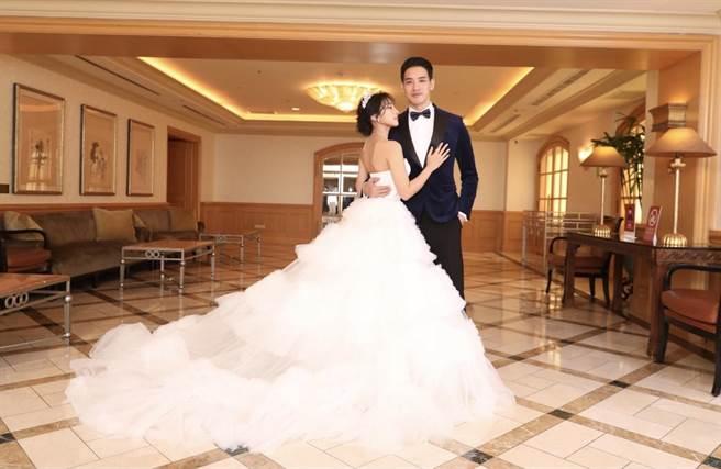 黃立辦婚宴迎娶老婆Addlyn Kim。(黃立提供)