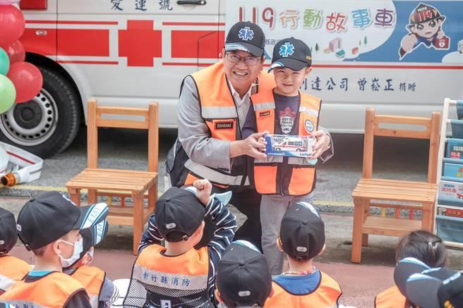 新竹縣消防局將辦119防火宣導週活動,民眾只要在線上參加宣導,按讚並留言,就有機會拿到充滿消防元素的小禮物。(羅浚濱攝)