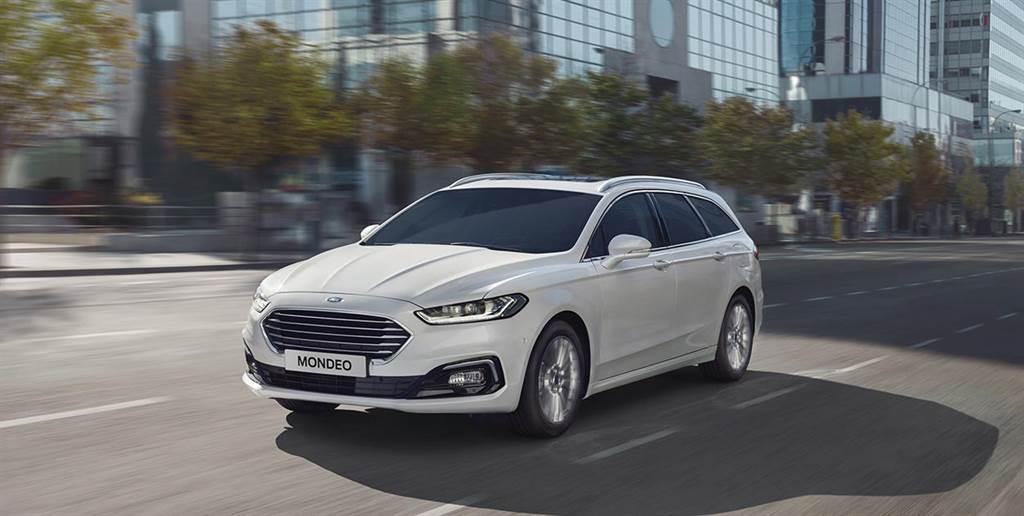 Ford Mondeo自2018年率先導入Mondeo Wagon跑旅車型後,引領進口中大型房車趨勢並持續熱銷,於2020年首度突破車系8成占比。