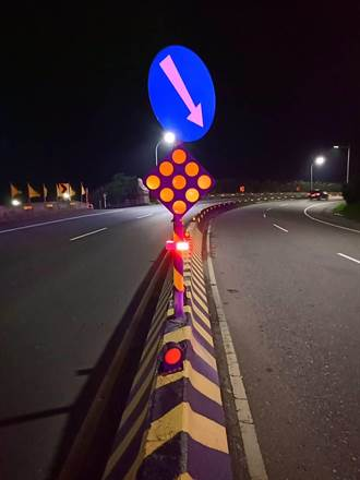 北海岸交安新利器 警方裝設LED警示燈