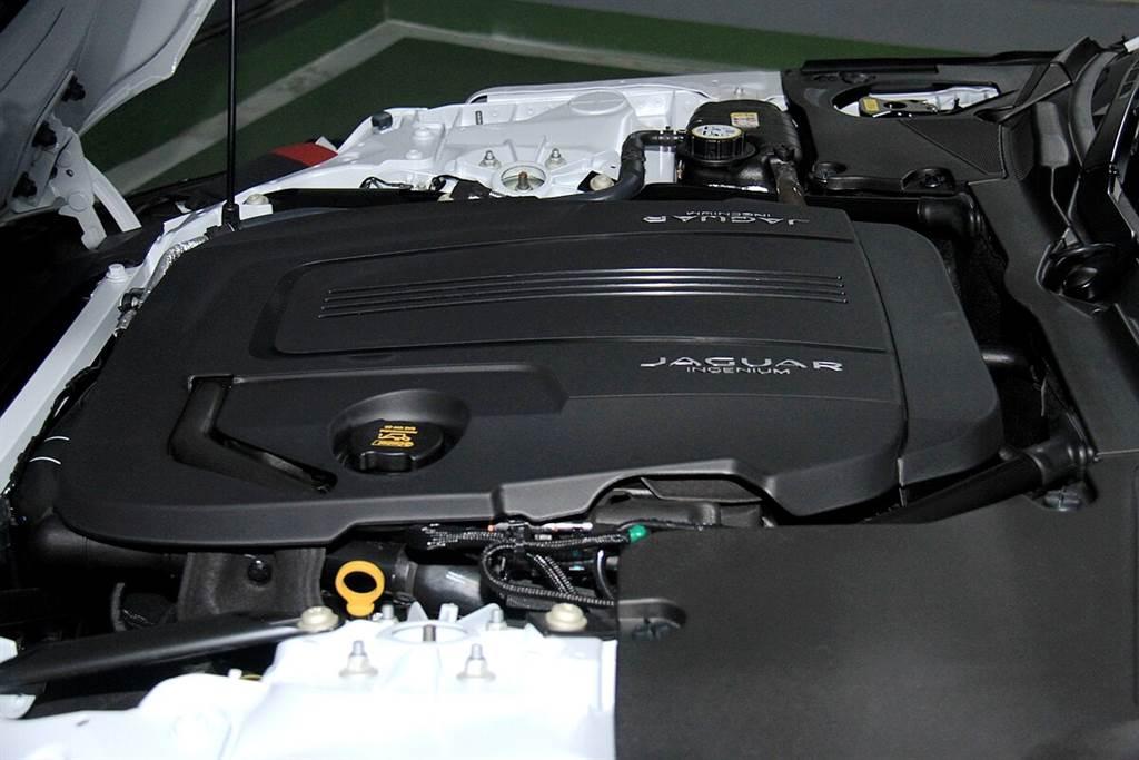 相見恨晚的2.0動力!Jaguar F-Type P300 R-DYNAMIC跑山戰力大增