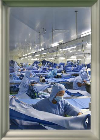 疫情曝美國弱點 紐時:發明的東西也做不出、只能靠大陸