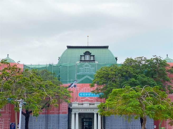 配合古蹟修復工程,國立台灣文學館近來悄悄改頭換面。(台文館提供/李宜杰台南傳真)