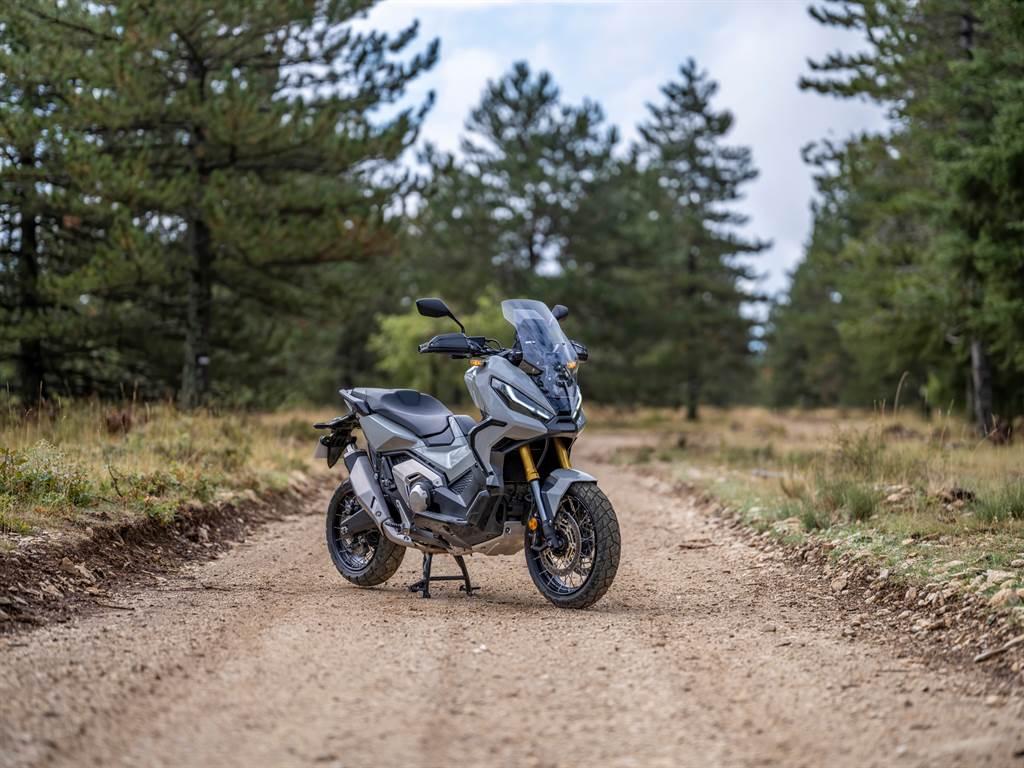 Honda Rebel1100/X-ADV新年式49.8萬元起預接開跑
