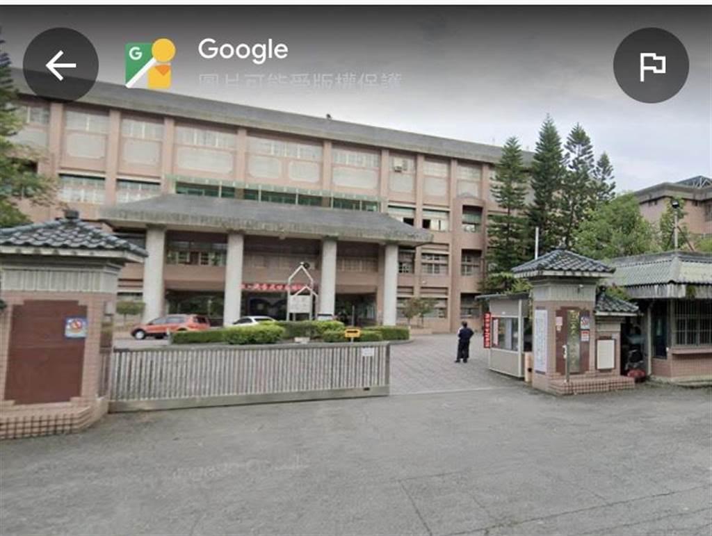 國立嘉義特殊教育學校2位林姓女教師被家長指控強迫輕度智能障礙魏姓女學生吃朝天椒等行為,嘉義地院合議庭審理後,一審判決無罪。(取自google街景圖∕呂妍庭嘉義傳真)