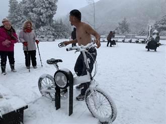 太平山high下雪 山上遊客打赤膊 山下2長者夢中猝死