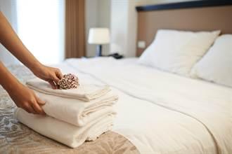 情侶住飯店留「黃金」  房務怒:比陸客沒水準