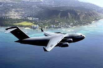 美軍C-17運輸機 將改裝成移動疫苗接種所