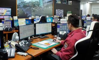 台中深夜街頭甲烷濃度達2% 警消急撤離民眾:有爆炸危險