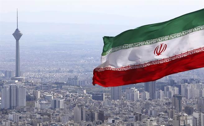 伊朗將驅逐聯合國核子檢查員,除非美國在伊朗國會訂定的2月21日期限前解除制裁。(圖/美聯社)