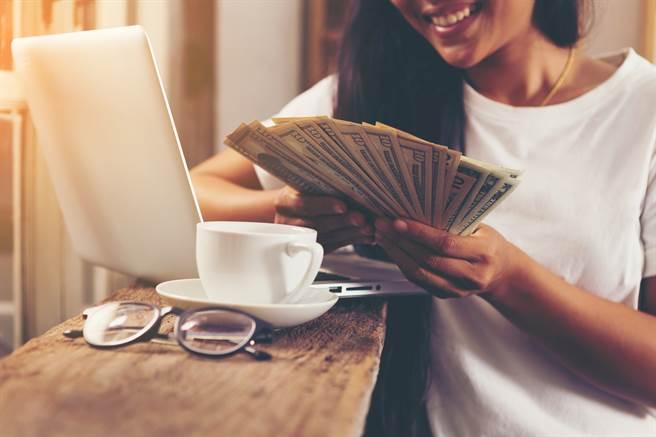 三生肖在2021年售財神眷顧,過往努力成功兌現,否極泰來。(示意圖/達志影像)