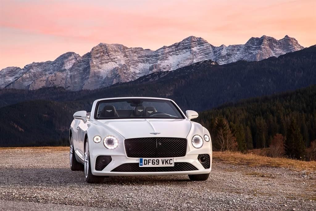 新冠疫情重重挑戰之下 Bentley 2020年銷售仍創新高
