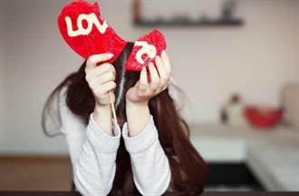專挑熟女、純情男 美女律師指5大感情陷阱必閃:法律也沒轍