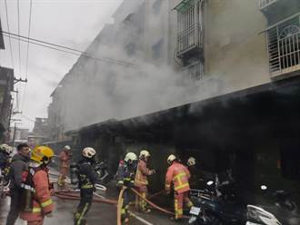 樹林舊公寓驚傳火警 消防急疏散3民眾