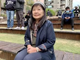 她為父奔走保書 盼政府重視台灣文學