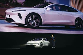蔚來發表首款轎車 明年Q1交付