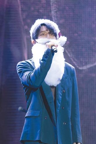 曾在芬蘭會本尊林宥嘉扮耶誕老人開唱