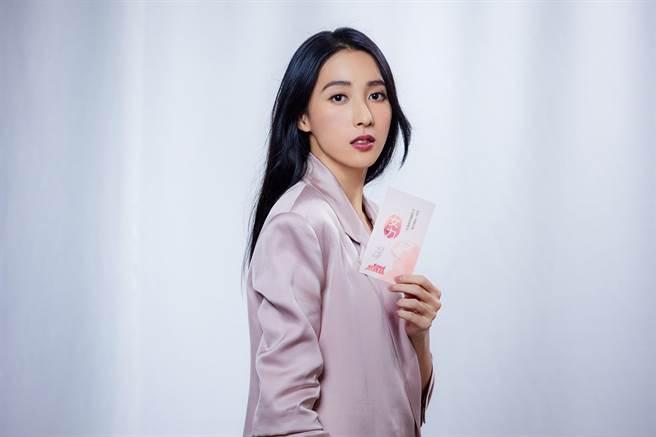 楊晴代言「女力報到熬雞精」。(TVBS提供)