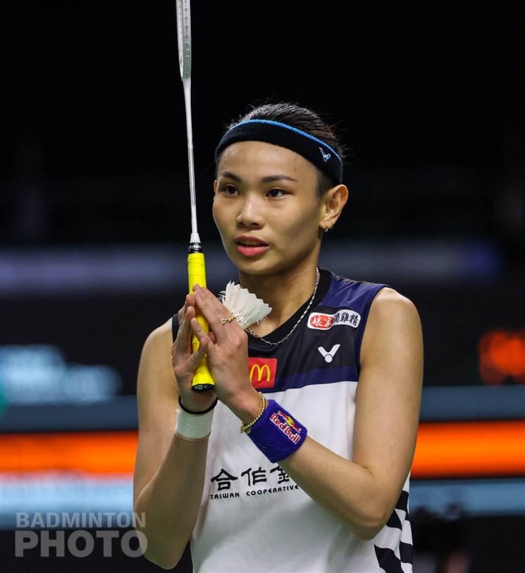 戴資穎賽後向現場所有人員致意。(Badminton Photo提供)