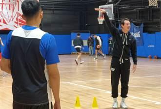 亞洲盃男籃培訓隊報到 執行教練鄭志龍:不排除棄賽