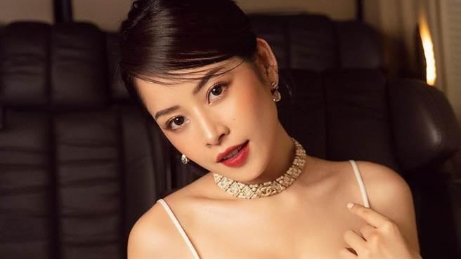 芝芙(Chi Pu)近日接下內衣廣告並在其中大秀火辣身材。(圖/IG@chipupu )