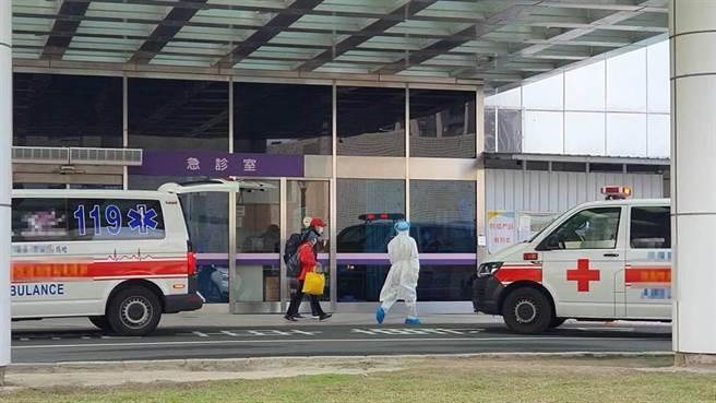 昨晚傳出北部某醫院有緊急事件,中央疫情指揮中心今證實,台灣出現首起醫師染疫,一共新增2名本土案例。(姜霏攝)
