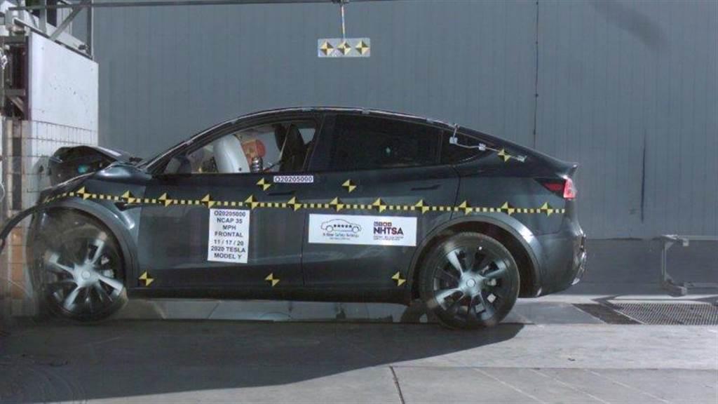安全性再獲認證:特斯拉 Model Y 奪 NHTSA 撞擊測試五星級最高評等