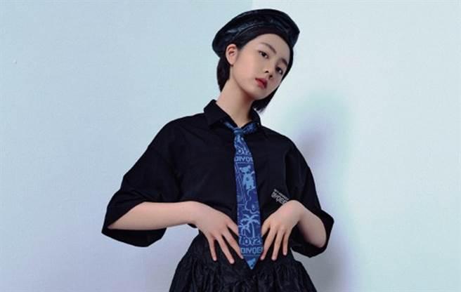 黃磊女兒黃多多遺傳父母的顏值,長得很漂亮。(圖/微博@ APART_CHINA)