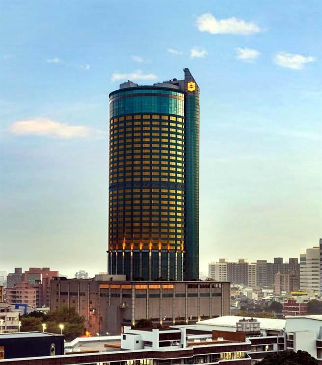 位於台南地標建物的香格里拉台南遠東酒店大舉徵才。(圖/業者提供)