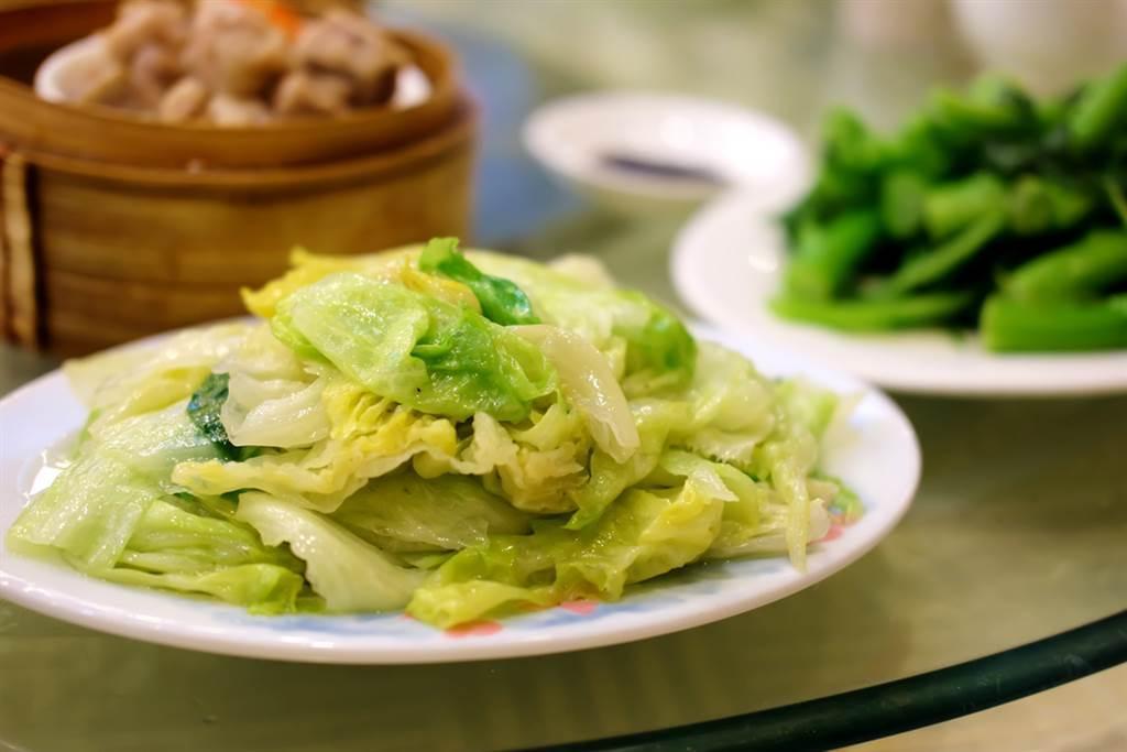 高麗菜、地瓜葉輸了!日本腸道權威推薦有「長壽菜」之稱的海帶芽可改善便祕、降三高。(示意圖/達志影像)