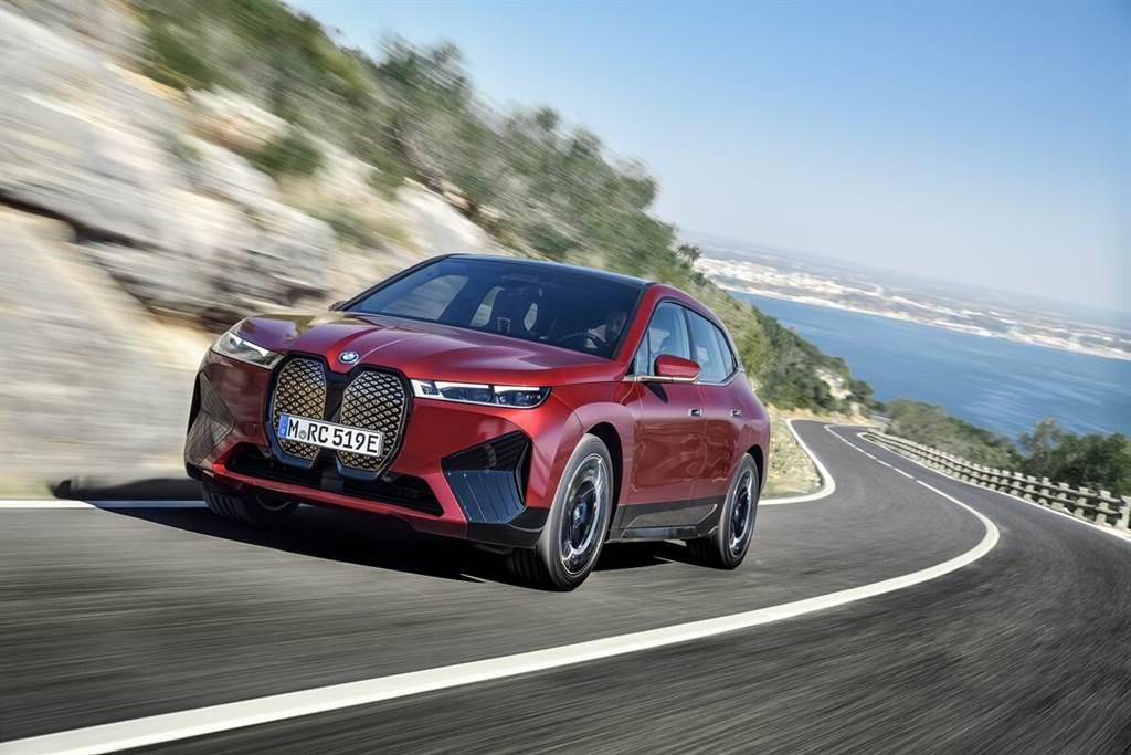 BMW iX將率先配置下一世代數位鑰匙:Digital Key Plus