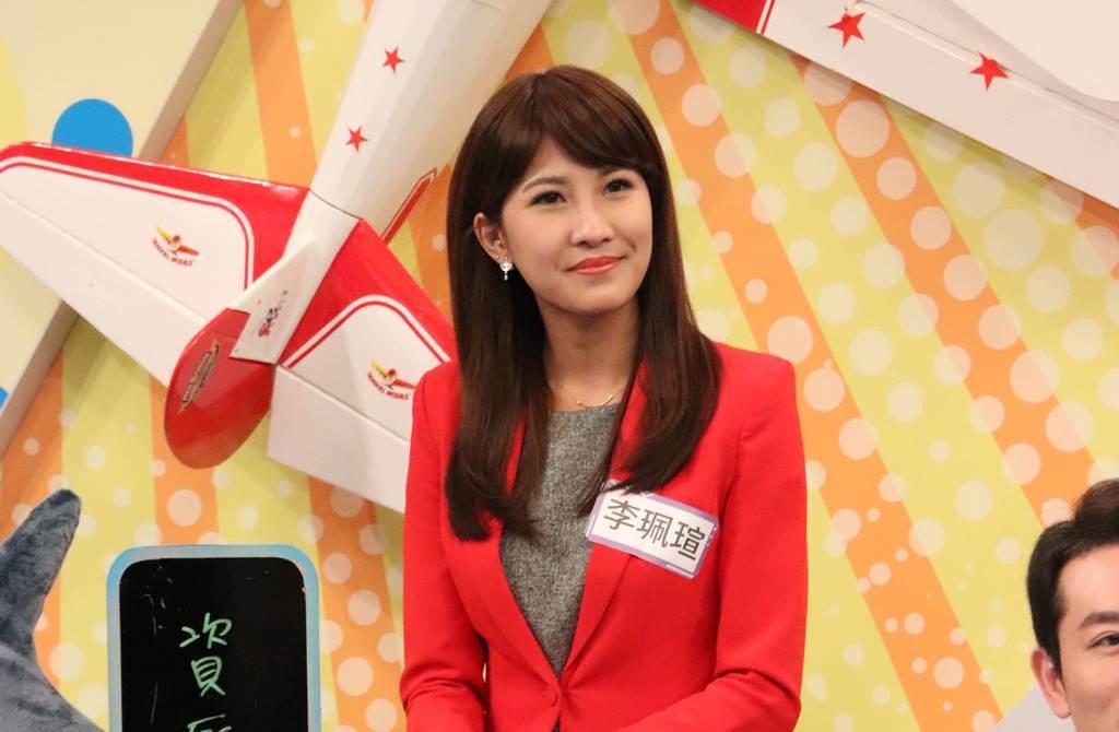 中天美女主播李珮瑄分享轉戰網路播新聞的趣事。(圖/小明星大跟班)