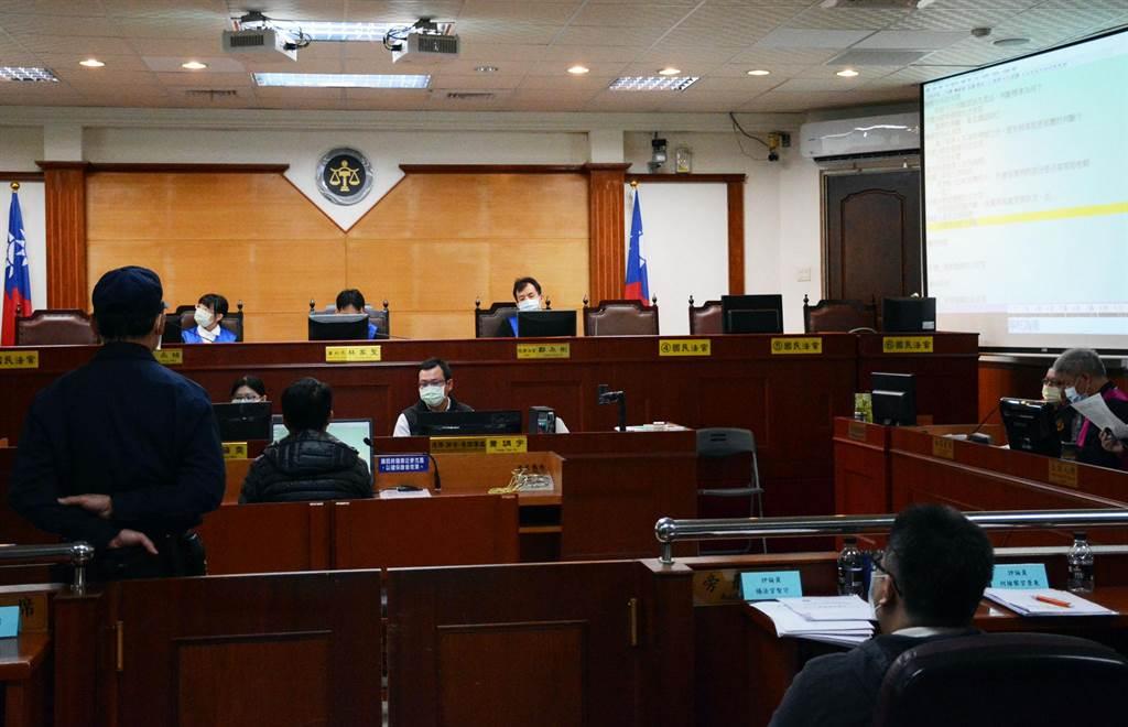 屏東地院試辦國民法官模擬法庭,為求慎重起見,選任國民法官就耗時半天。(林和生攝)