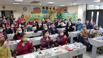慈善團體致贈據點加菜金  中市社會局長感謝各界暖流