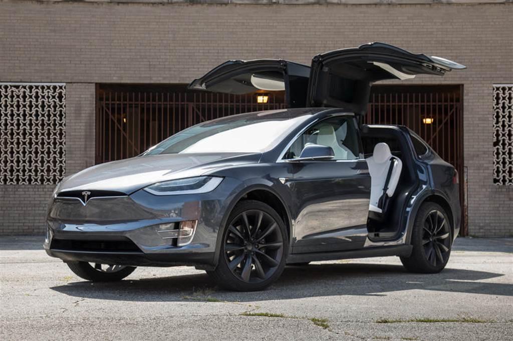 新版 Model X/S 在哪裡?傳聞會晚到二月以後才生產,或在 1/28 財報日發表