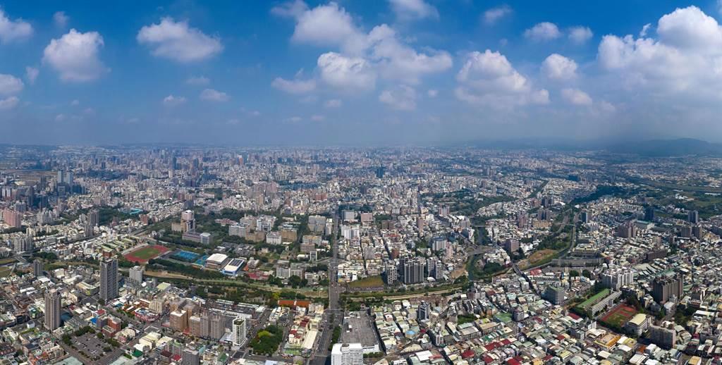 鐵路高架帶動區域發展,大里、東區、南區完整多元的生活機能形成「大東南生活圈」。(圖/業者提供)