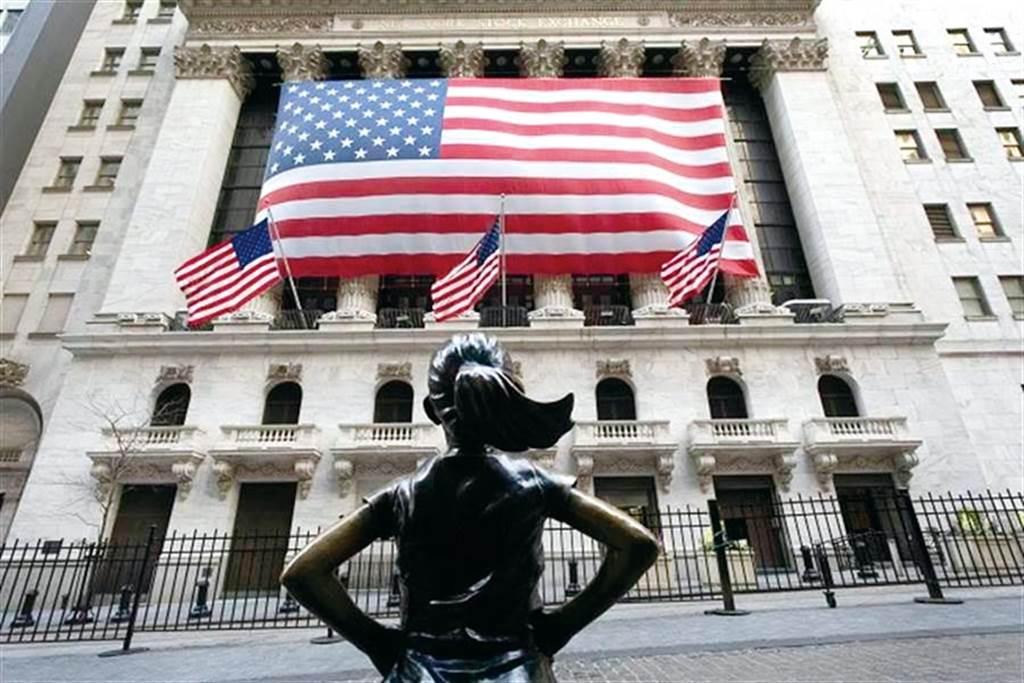 最新調查指出,美中貿易戰已經導致美國損失24.5萬個就業機會。(圖/達志影像/shutterstock)